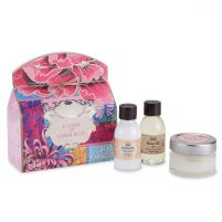 A Scent of Green Rose Gift Set