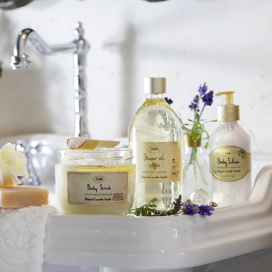 Guest Bath Ideas: Welcome Visitors with these Essentials